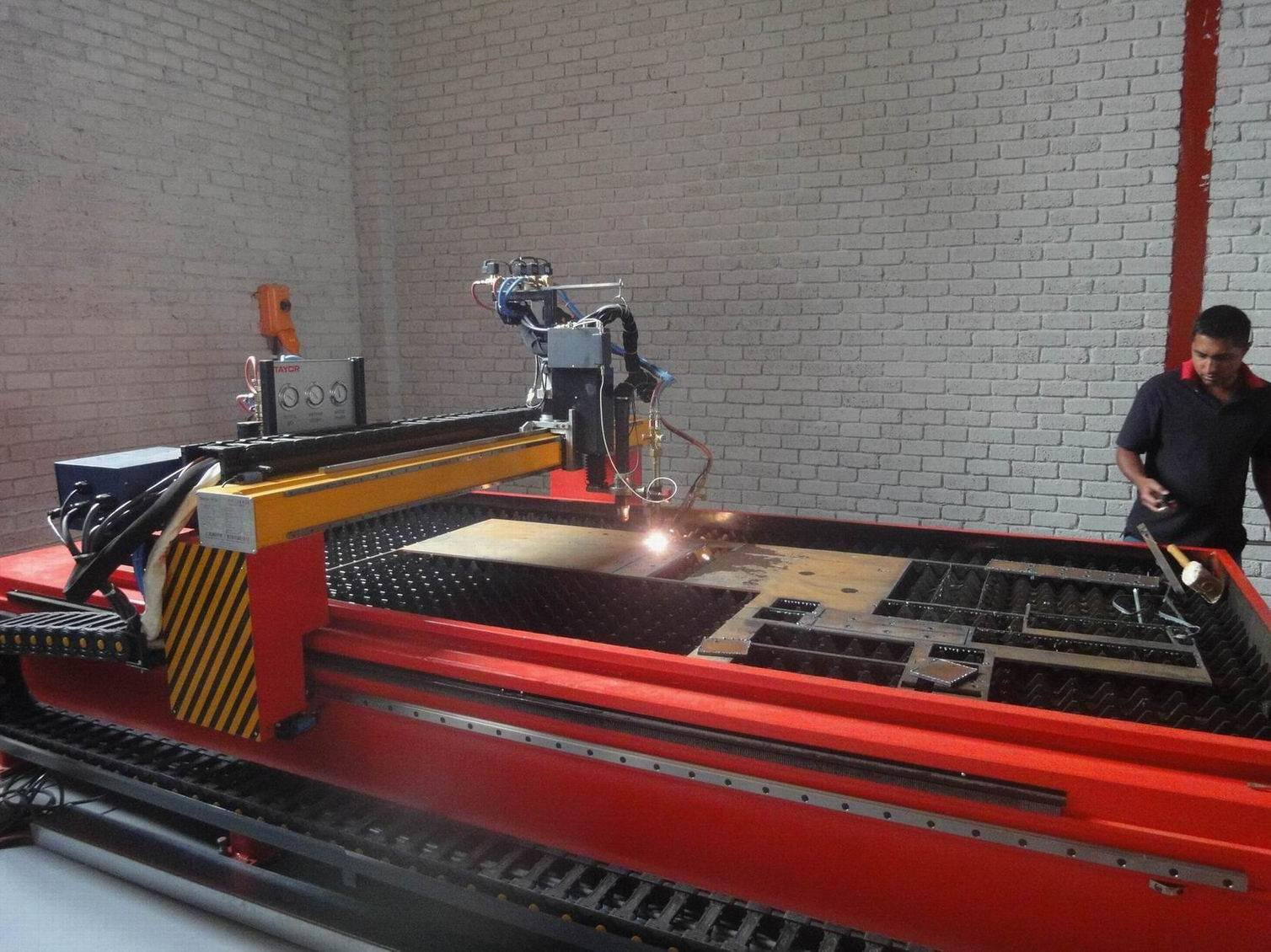 4X12m High Precision Steel Plate CNC Plasma Cutter