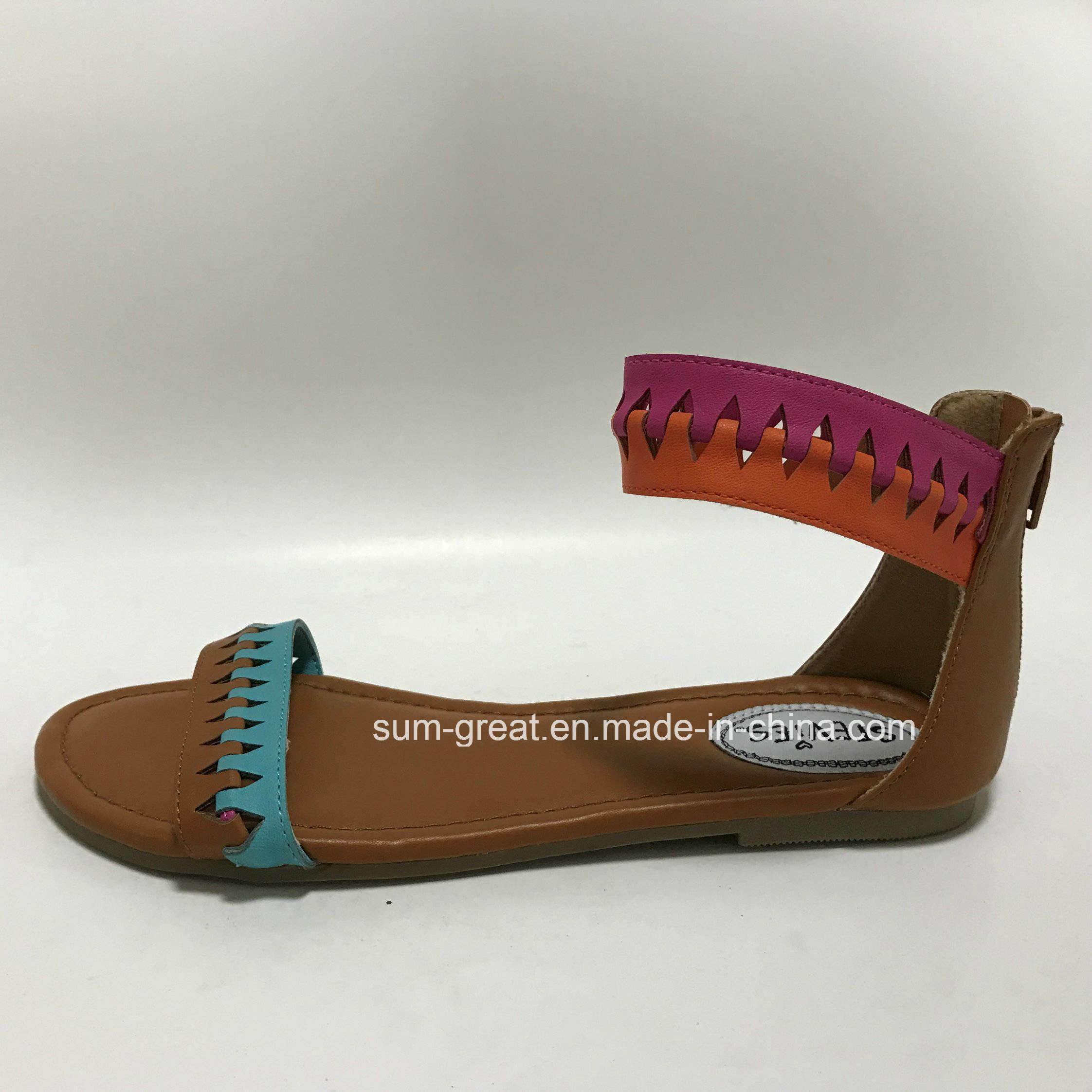 Fashion Women′s Summer Trendy Comfort Flat Sandals