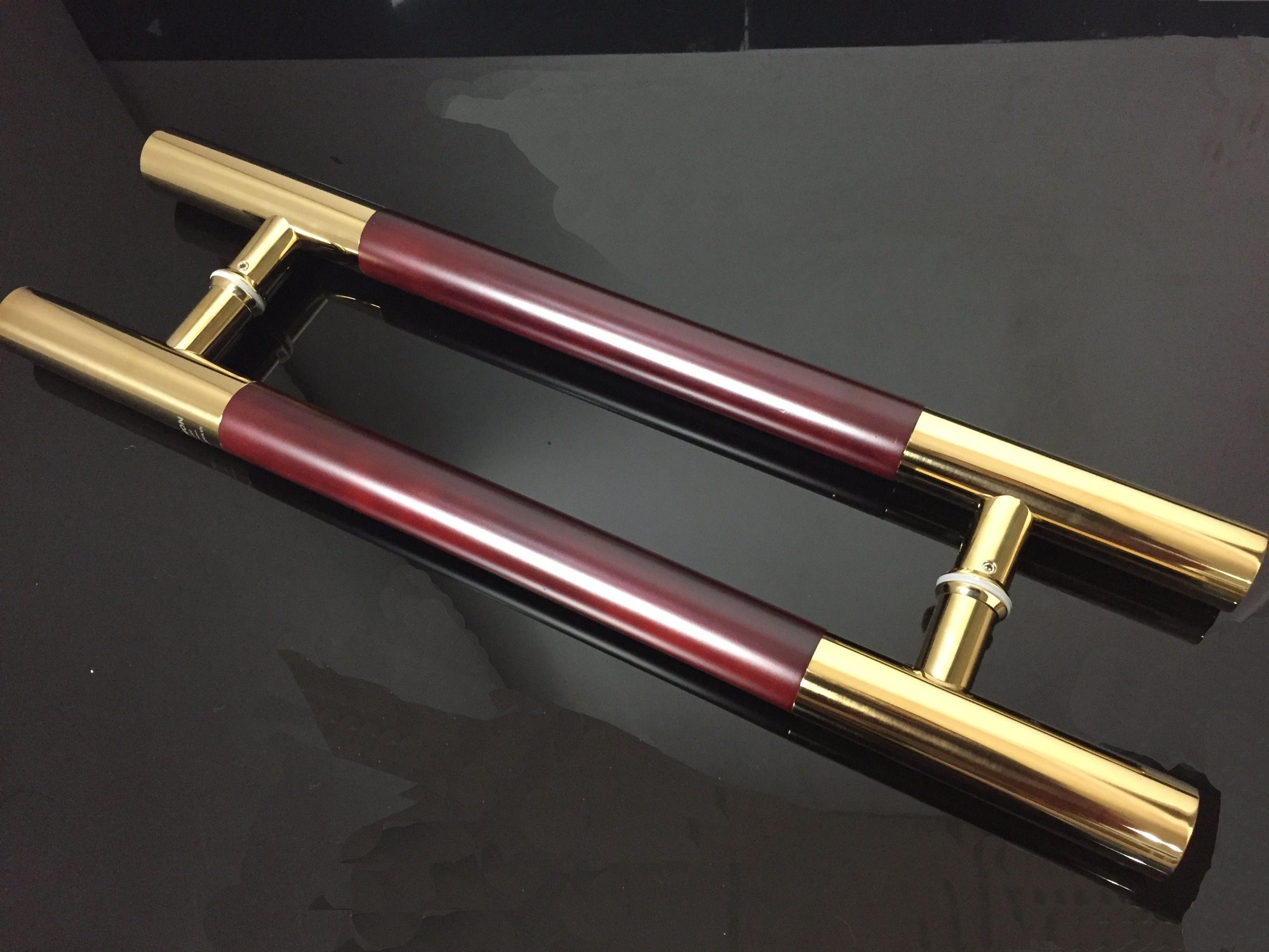 Gloden Color Wooden Tube H Glass Door Handle