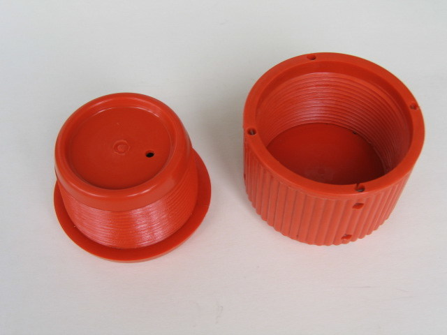 China plastic thread protectors pipe