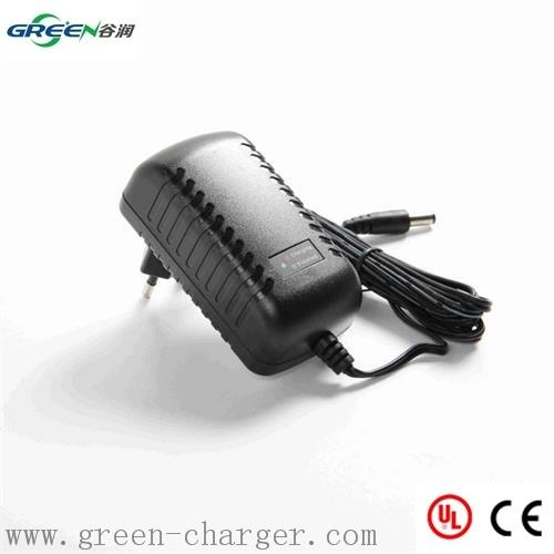 4.8V-12V NiMH/NiCd Battery Charger