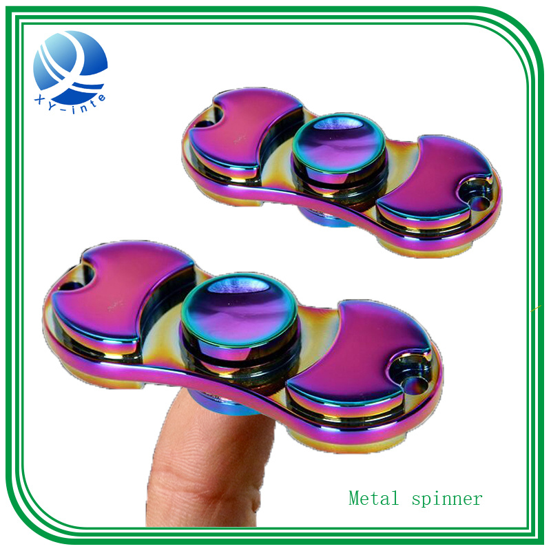 Hot Sale 2017 Tri-Spinner Fidget Spinner Toy