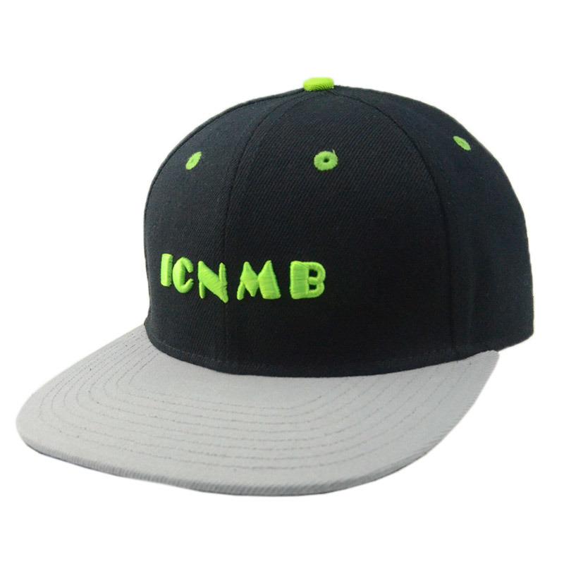 Black Grey Flat Brim 6 Panel Snapback Caps and Hats