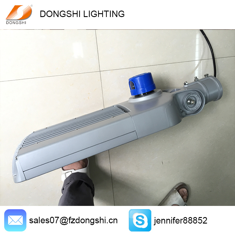 100W High Power Waterproof Photocell LED Street Light for Highway
