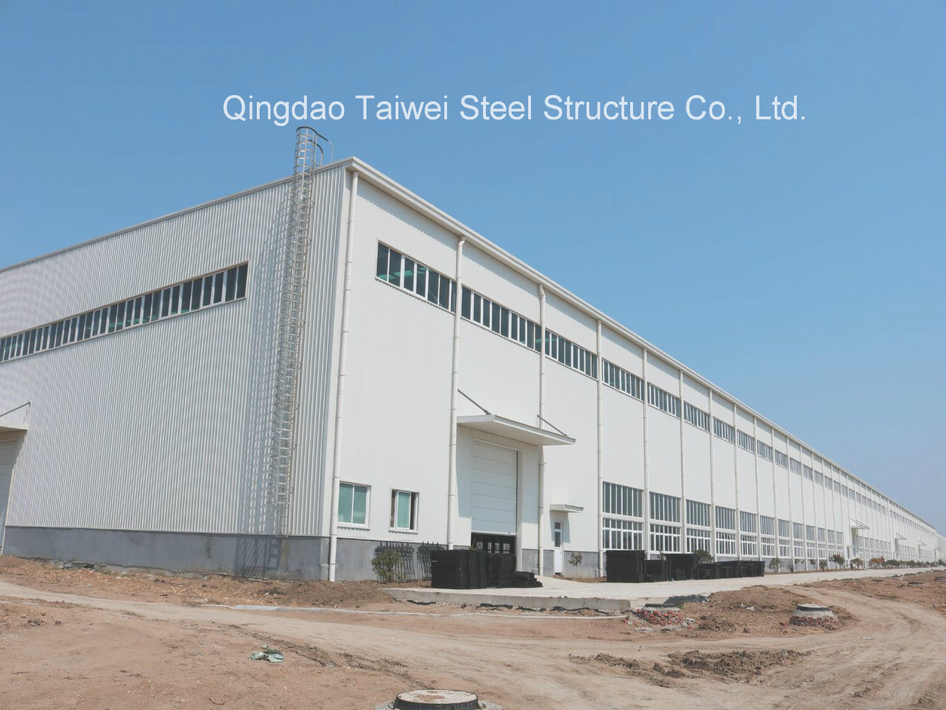 Energy Saving and Low Cost Steel Structure Warehouse Building