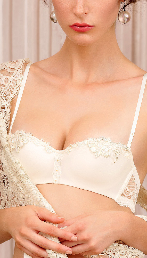 Sexy Embroidery Super Thin Bra Set