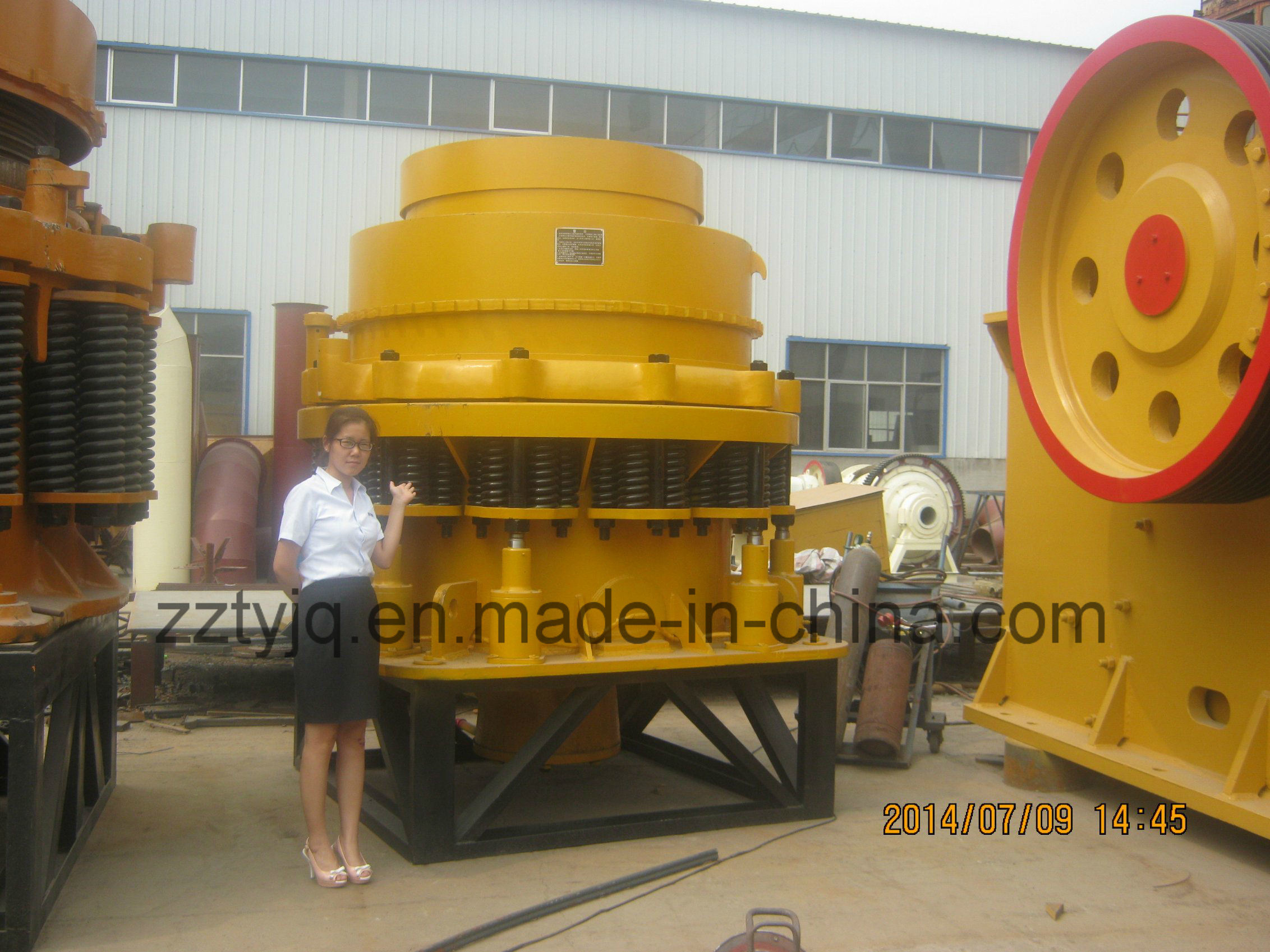 Pyb Pyd Spring Cone Crusher Machine with Low Price