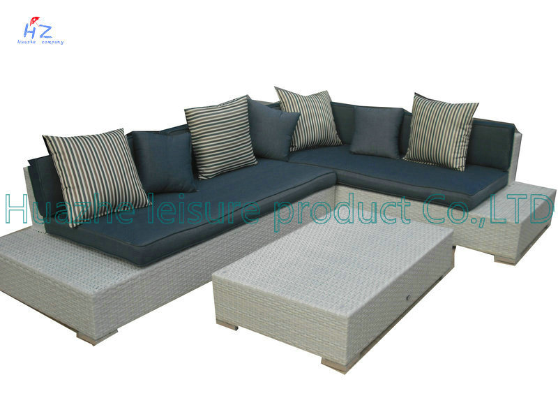 Rio Patio Set Outdoor Patio Rattan Sofa Wicker Sectional Sofa Garden Furniture Set with Bed Furniture