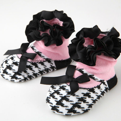 2016 Wholesale Lovely Soft 3D Fancy Anti-Slip Cotton Baby Socks