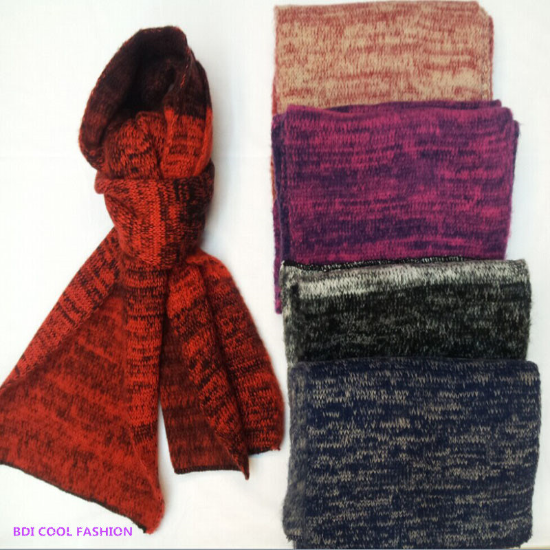 Winter Fashion Acrylic Knitted Scarf (CYX-1429)