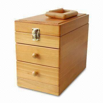 Wooden Cosmetics Suitcase with Handle