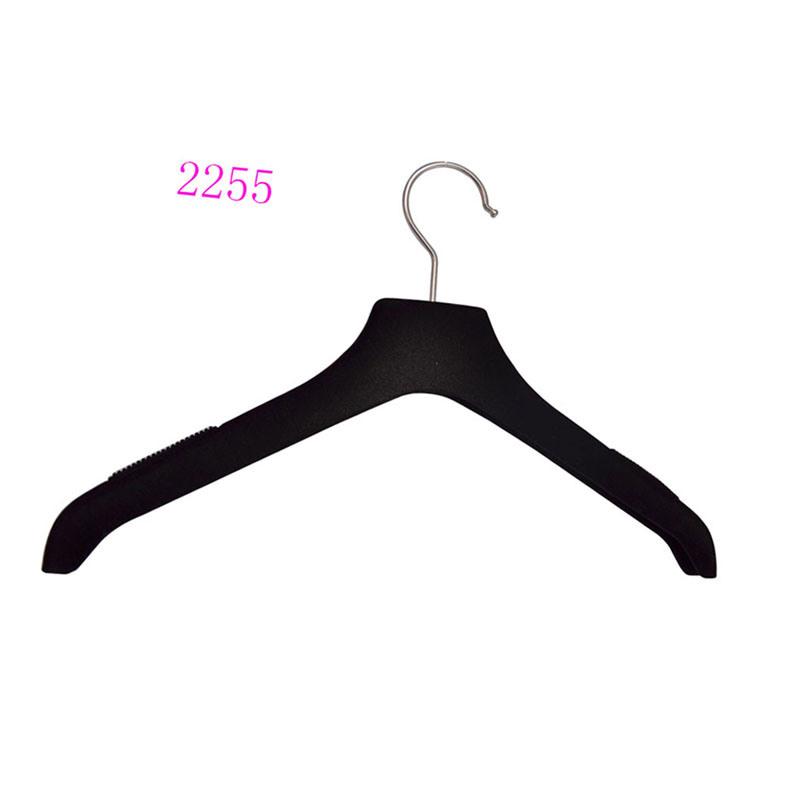 Wholesale Custom No Slip Black Flocked Clothes Hanger