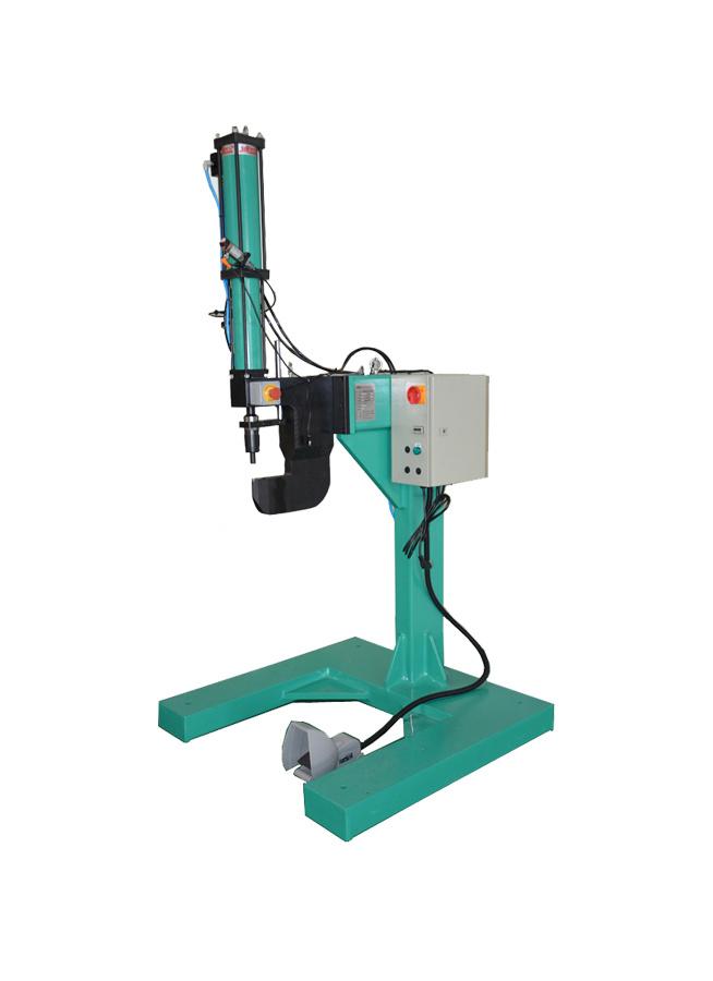 Clinching Machine with Pneumatic Hydraulic Cylinder