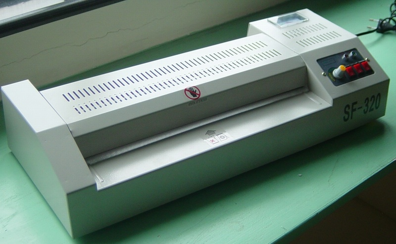Laminating Machine (SF-320)