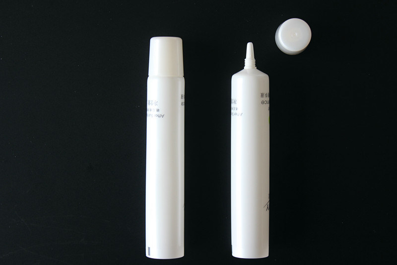 Plastic Cosmetic Tube for Bb Cream Tube (BN-PT#22)