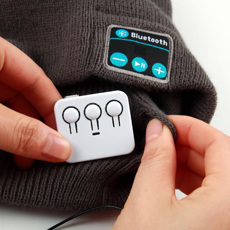 High Qualtity Acrylic Knitting Bluetooth Hat
