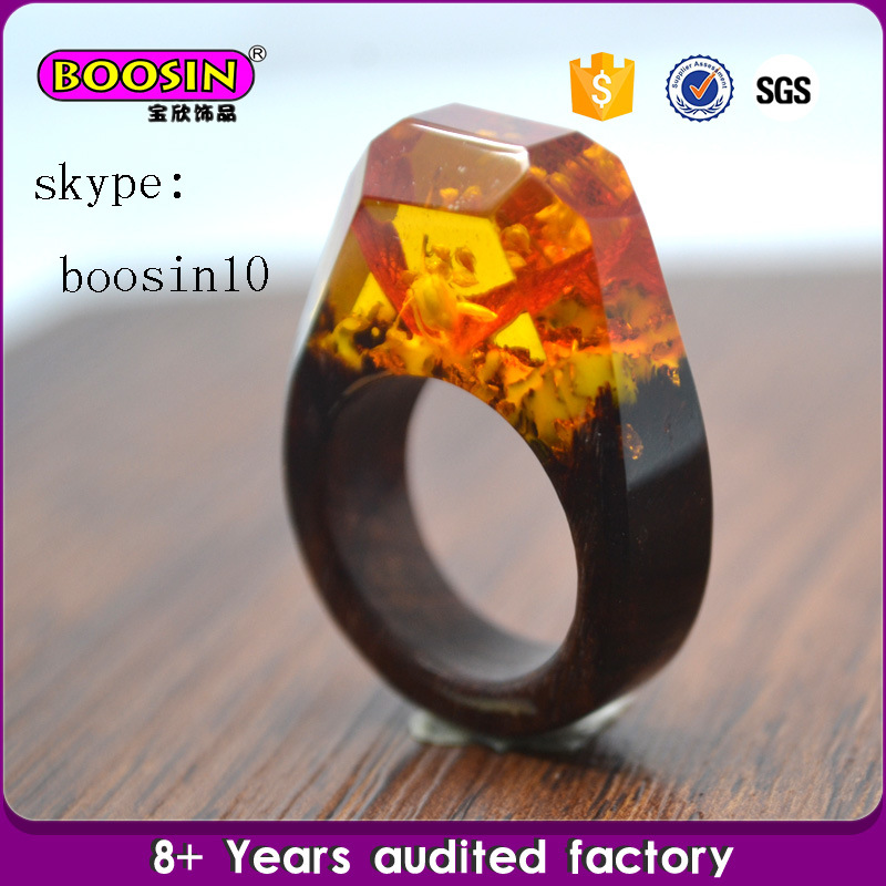 Customized Unique Jewelry Natural Resin Wood Rings and Real Flower Rings
