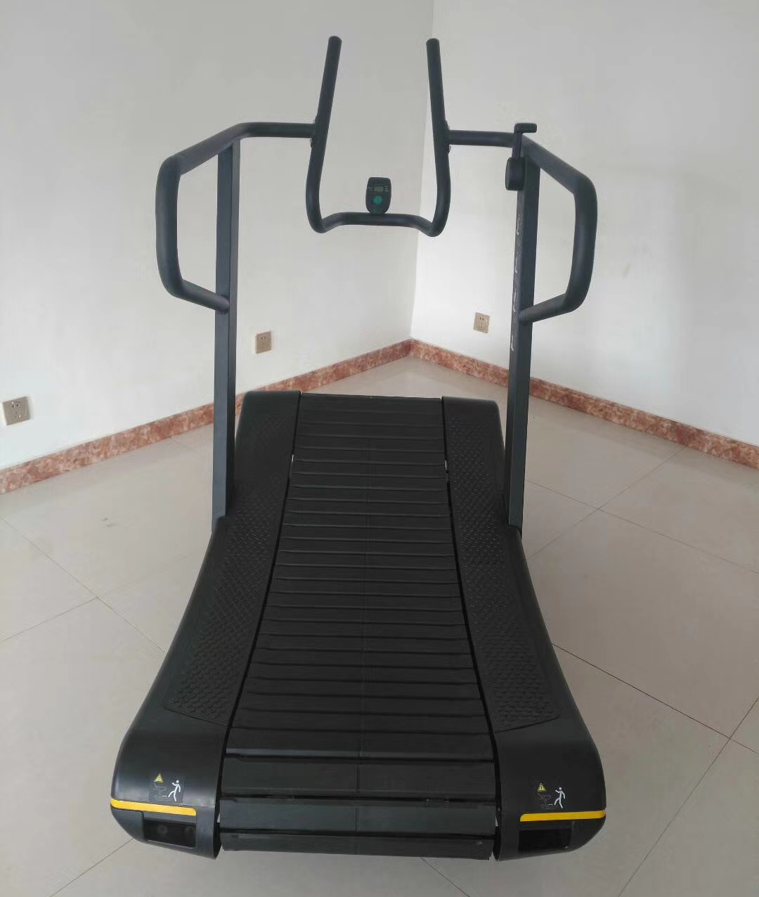 2018 Newest Magnet Resistance Self Generating Curve Treadmill (SK02)
