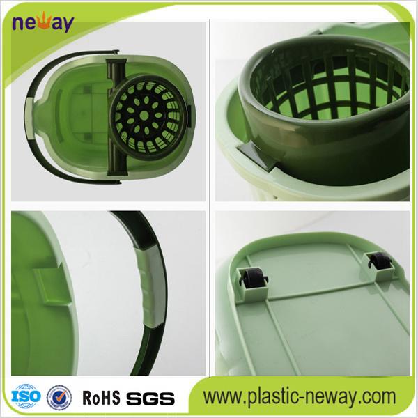 2016 Squeeze Plastic Mop Bucket Wringer with Wheels