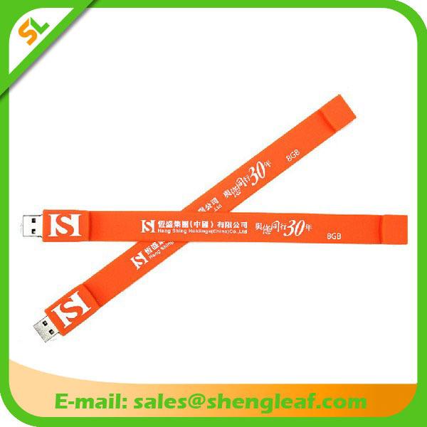 Hot Sale 3D Rubber Customized Logo USB Flash Drive (SLF-RU009)