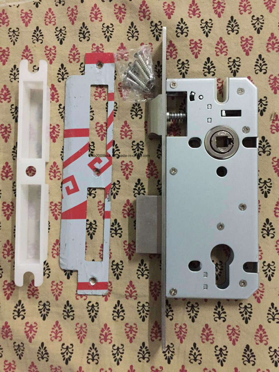 Good Quality Zinc Alloy Door Handle Lock (502Q-978)