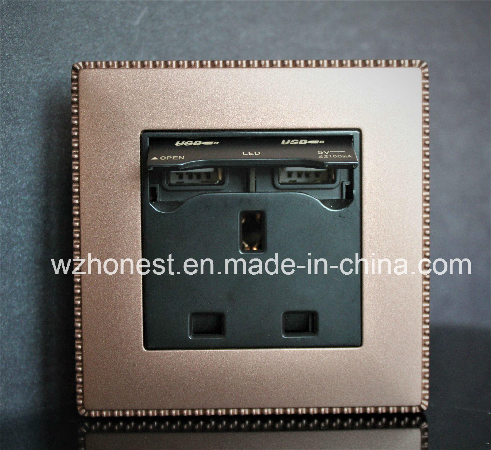 British 13A USB Socket with Double USB Charging Ports, 2100mA USB Port