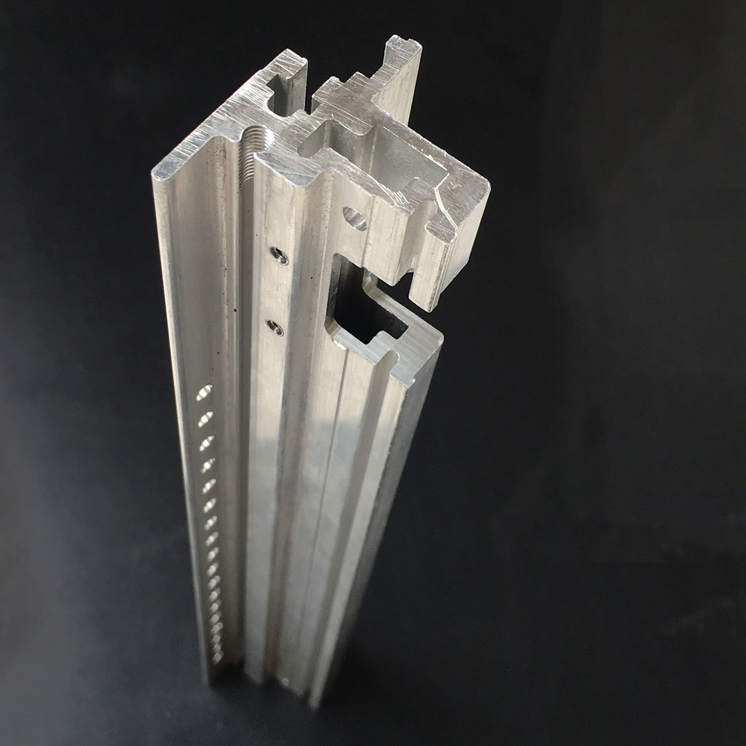 Aluminum Extrusion/Extruded Aluminium Profile for Mechanical Equipment