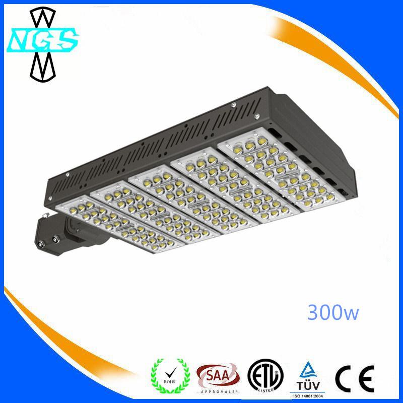 140lm / W LED Shoe Box Lighting Lamp Outdoor