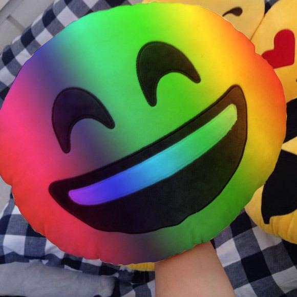 Colorful 10inch Stuffed Children Soft Emoji Plush Toys