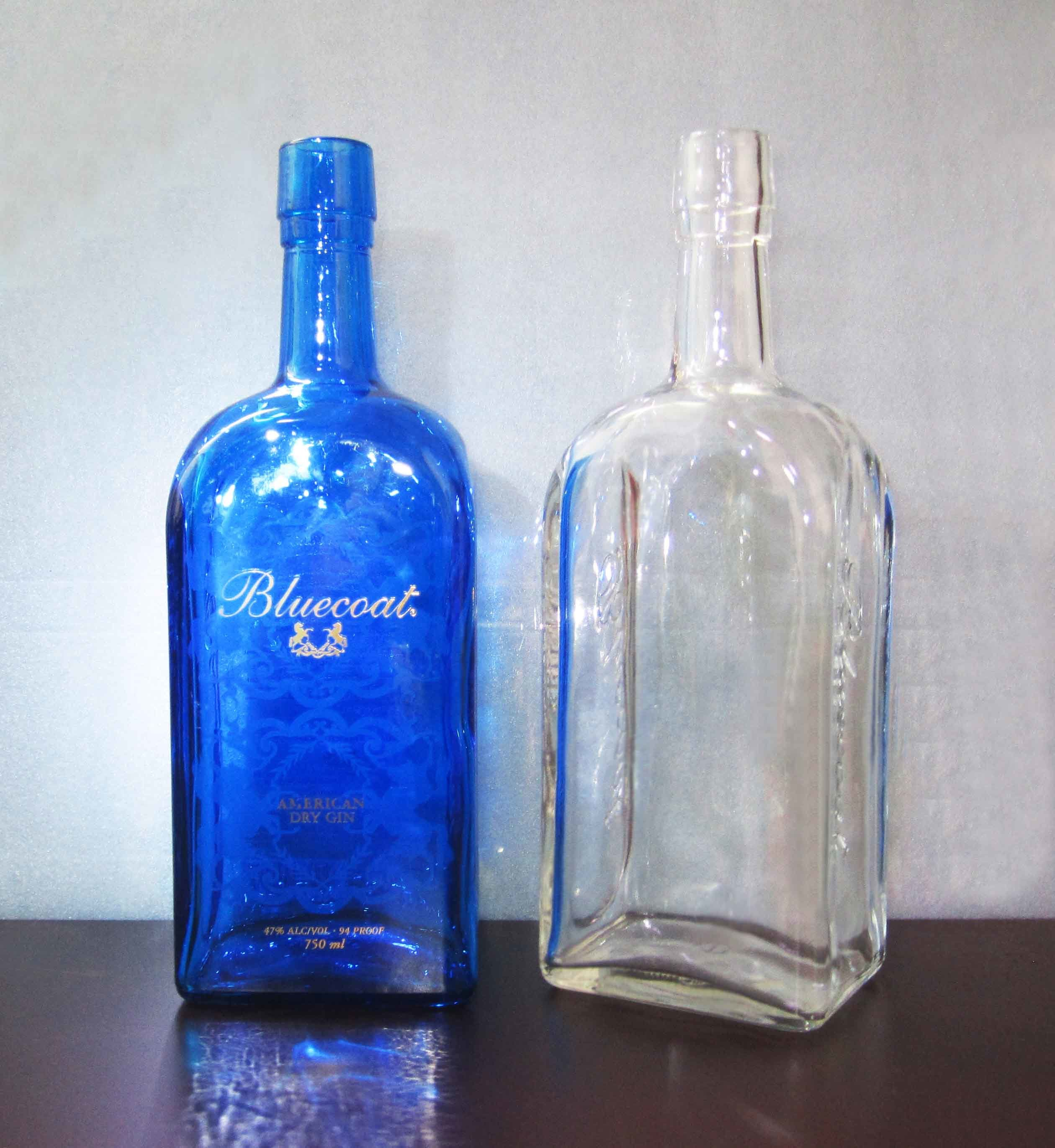 manufacture of bottles Manufacturing process of plastic bottles - free download as powerpoint presentation (ppt / pptx a blow moulding machine is usually used to manufacture the body of a plastic bottle or the bottom part of the plastic bottle it has a mould with a pre-carved shape within the cavity.