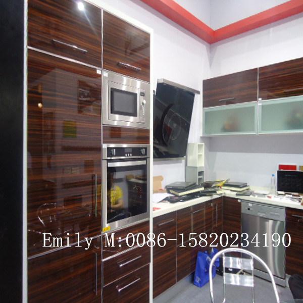 Wood Grain Kitchen Cabinet (ZHUV factory)