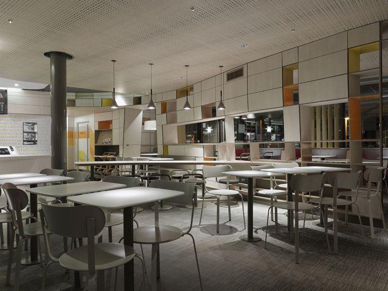 Restaurant Made of Postforming Laminate