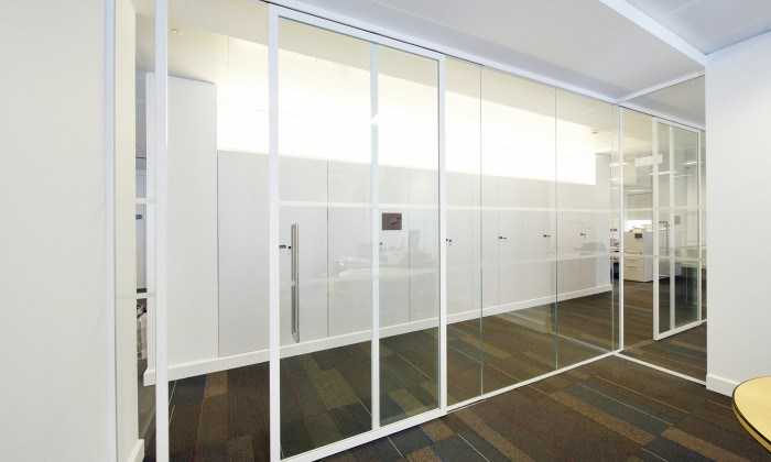 Office Partition Material Glass Wall Partition