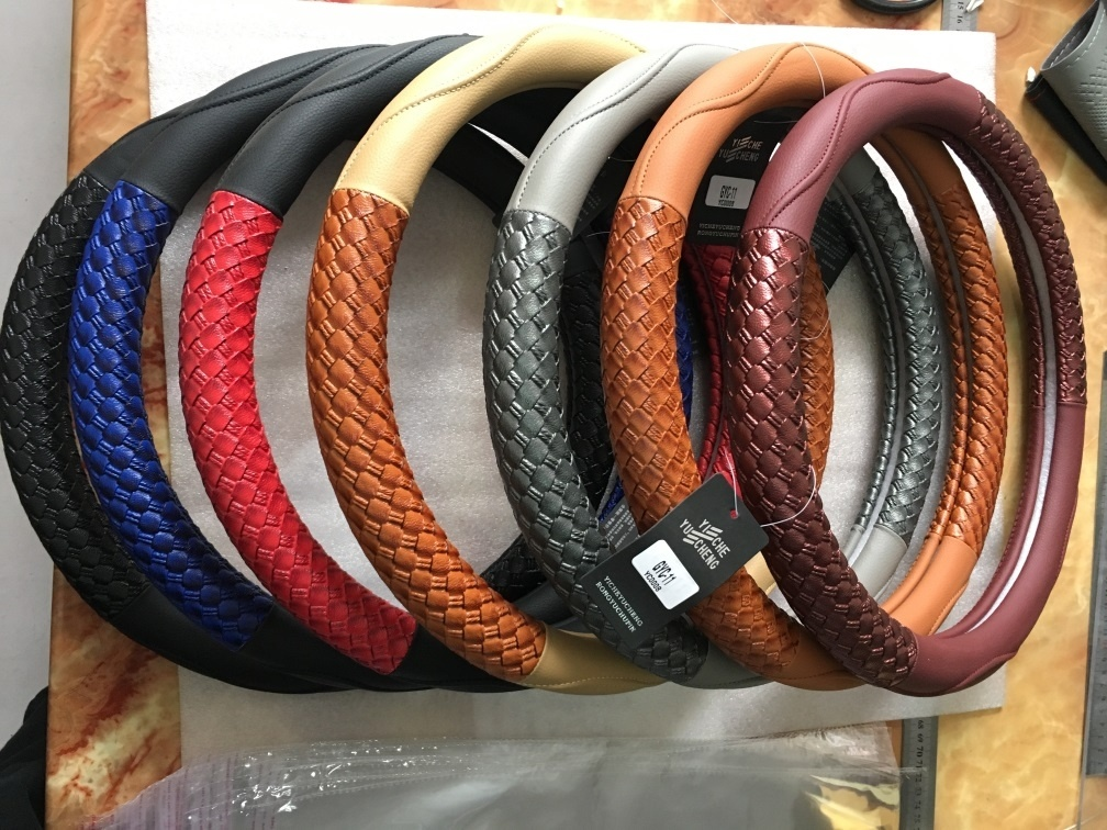 PU and PVC Car Steering Wheel Covers/ Car Decorates