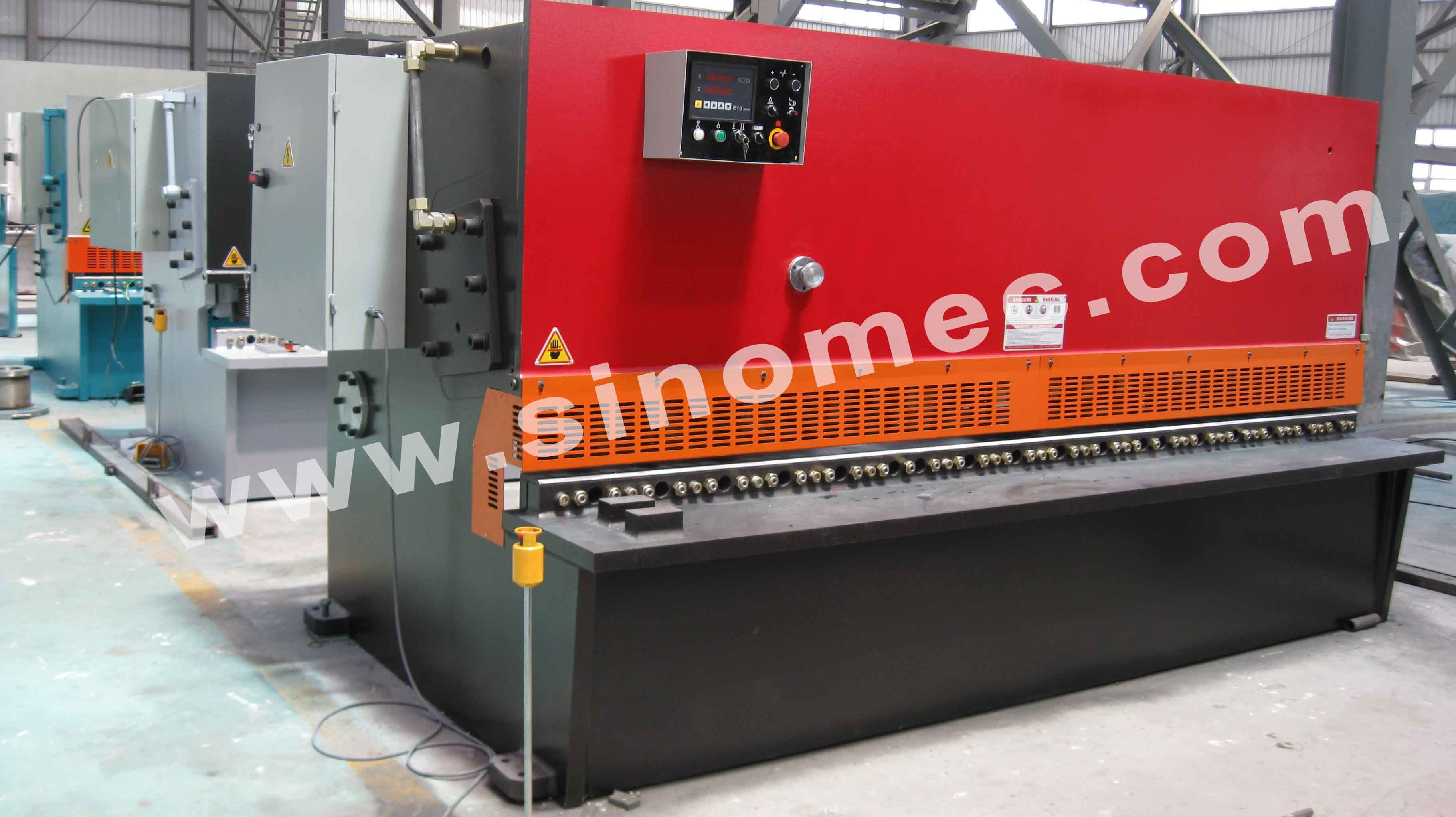 Guillotine Shear / Cutting Machine / Hydraulic Shear Machine (QC12K-16X3200)