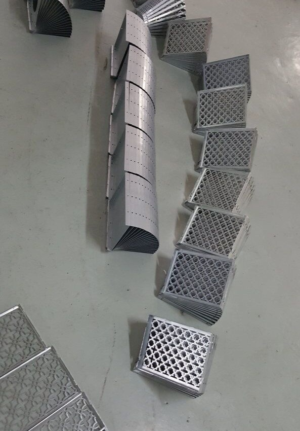 32 Working Stations CNC Hydraulic Turret Punch Machine