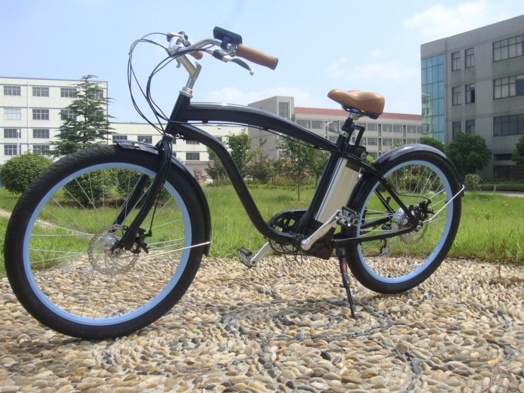 Two Wheel 250W-300W Lithium Battery E-Bike En15194 Approved Electric Bike Beach Cruiser