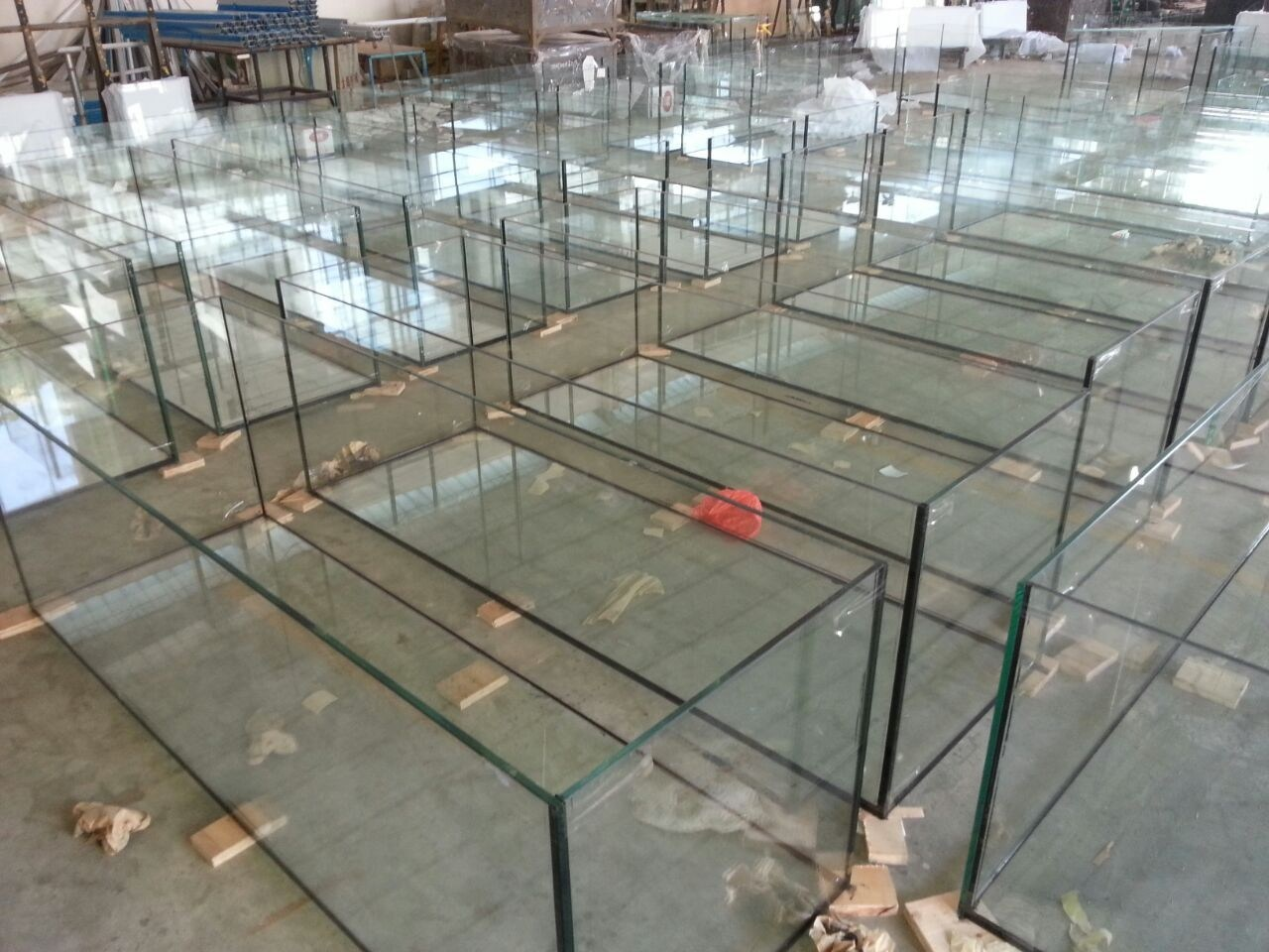 Fish aquarium manufacturers - High Quality Ultra Clear Glass Fish Tanks