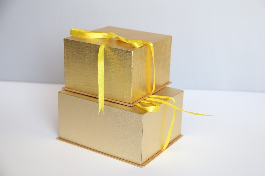 Customized Paper Gift Box for Packing