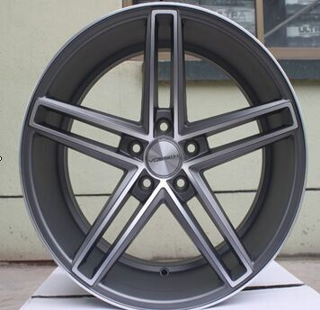 Fashionable Deaign Rims Replica Car Alloy Wheel