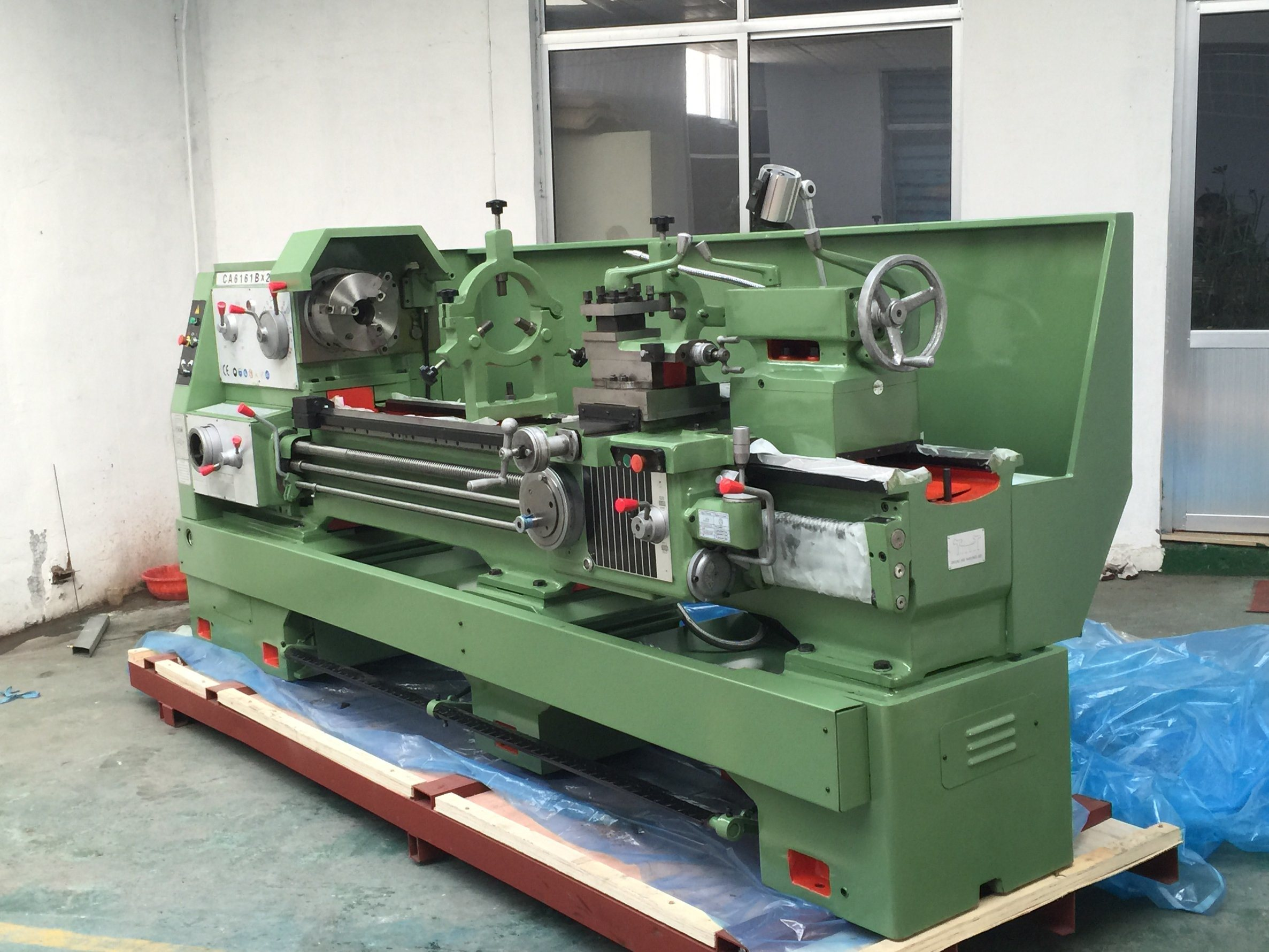 Gear Head Conventional Manual Engine Lathe