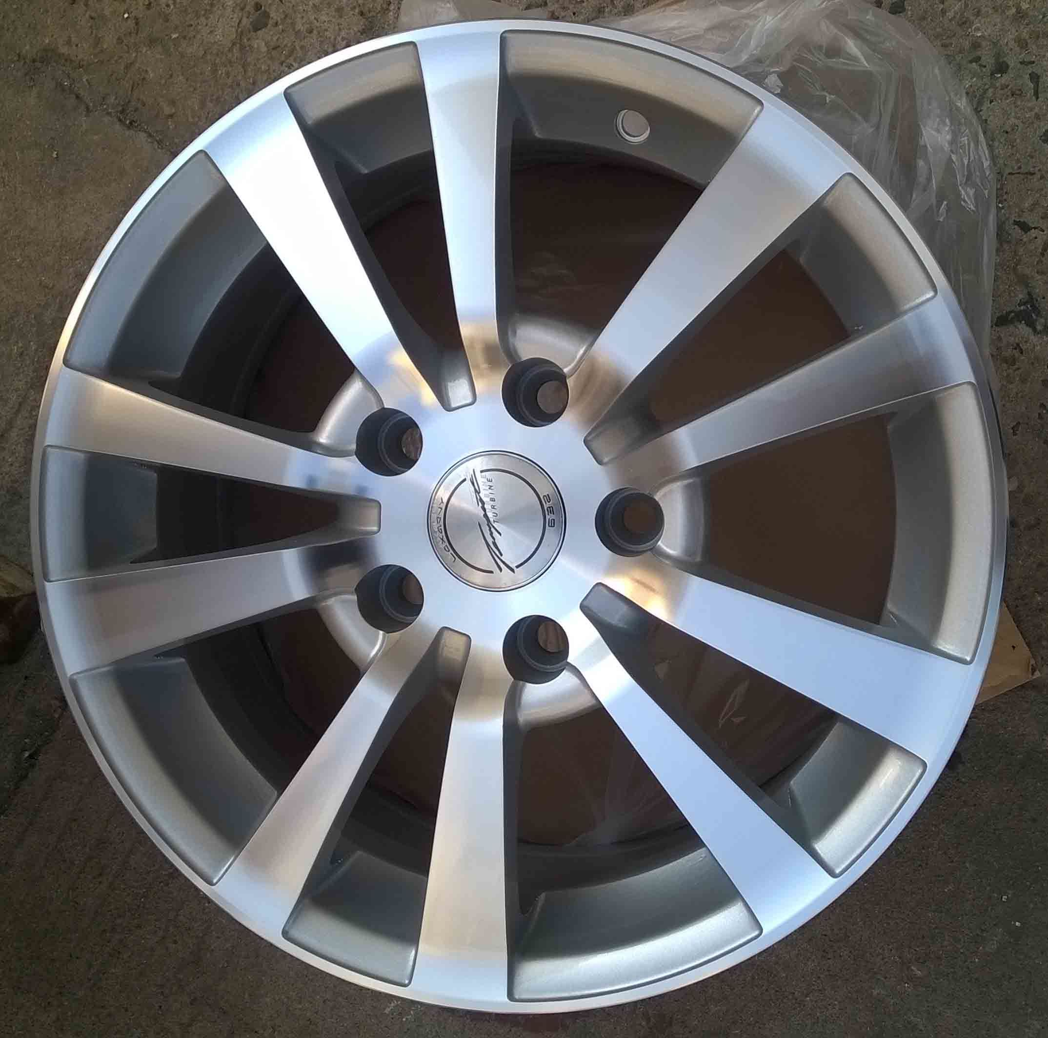 Aftermarket Alloy Wheel (KC335)