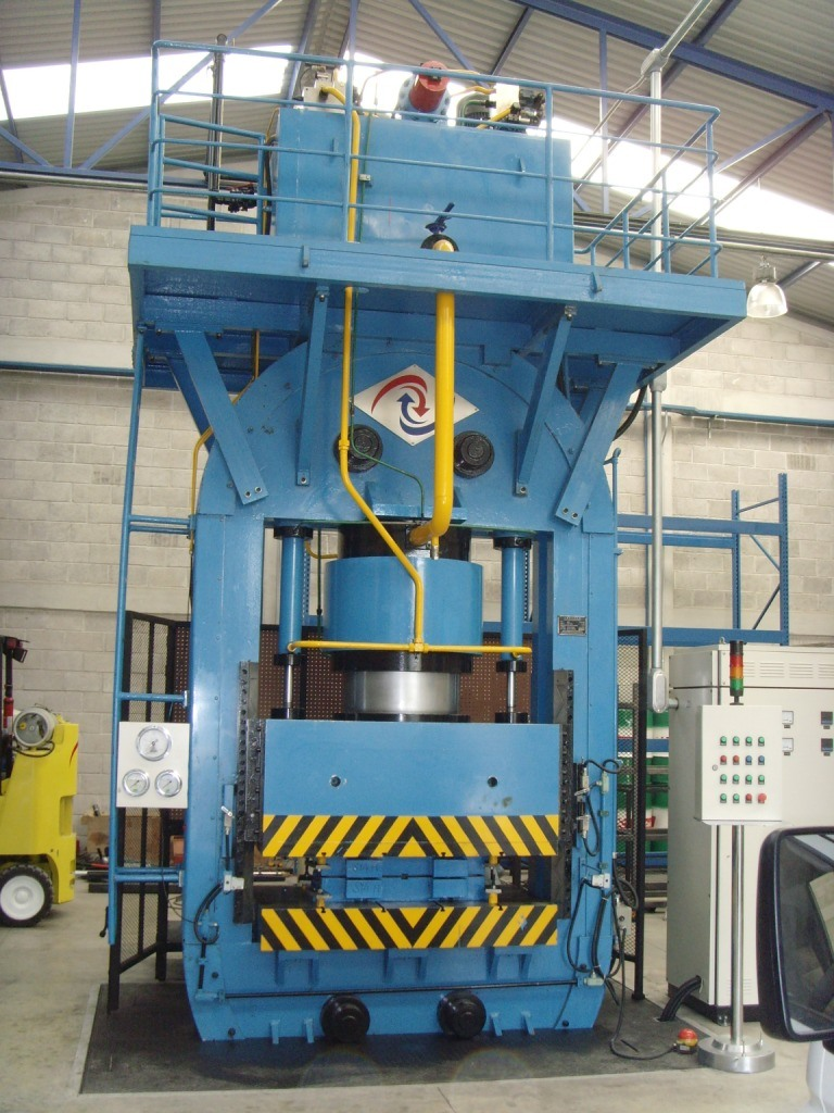 3000t Hydraulic Press for Metal Plates Stamping/Forming