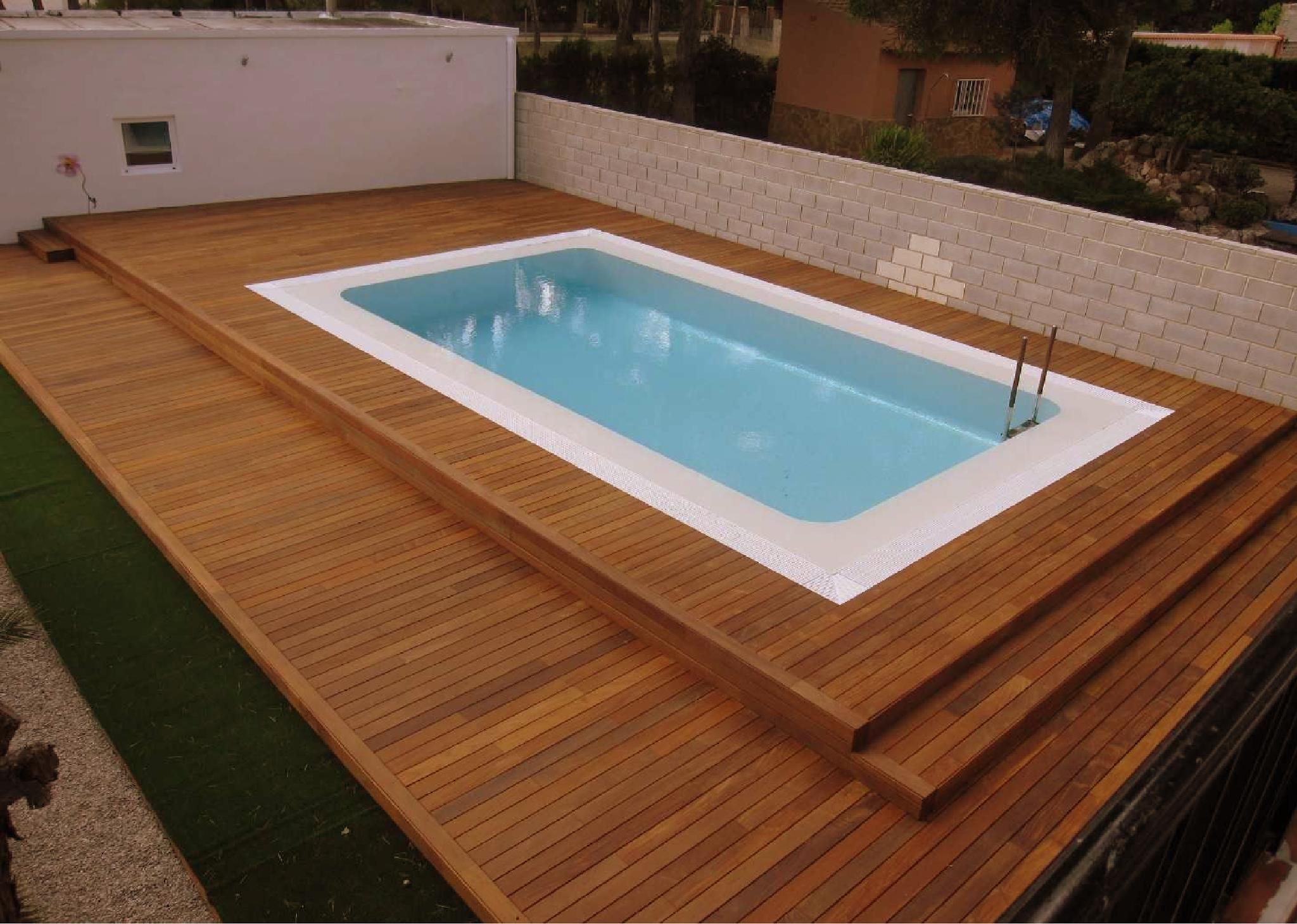 China swimming pool wooden deck photos pictures made for Wooden pool
