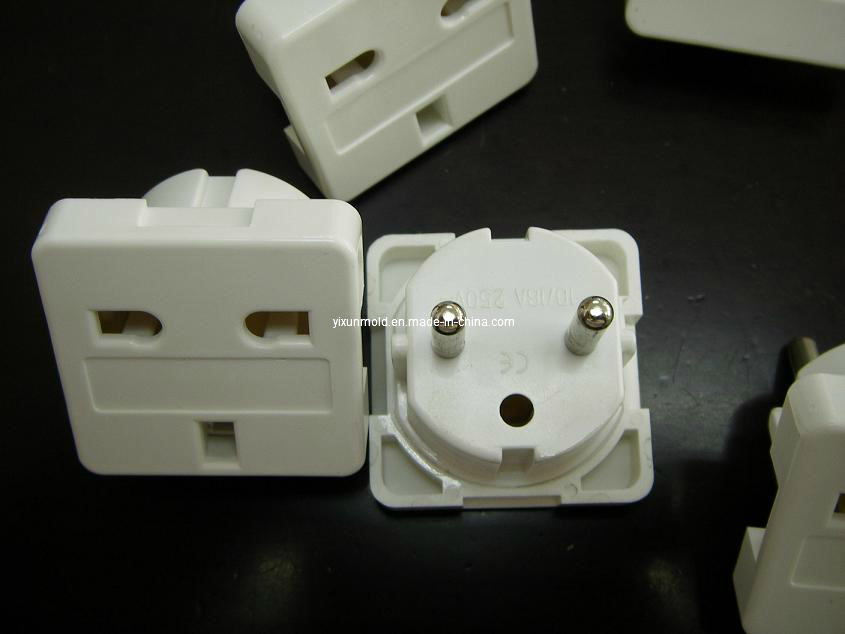Precision Plastic Electronic Plug/ Socket Mould (YIXUN)