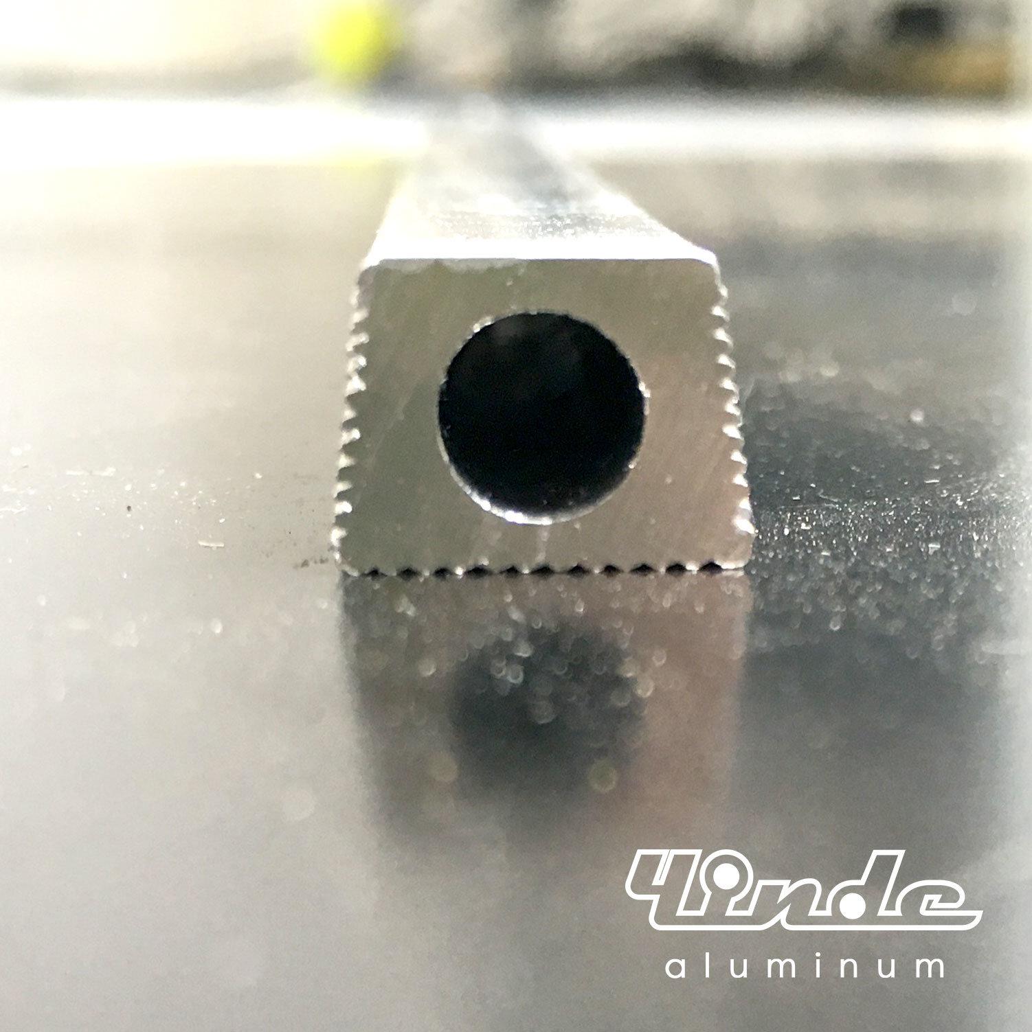 Aluminum Extrusion/Aluminium Profile with Texture on Three Sides