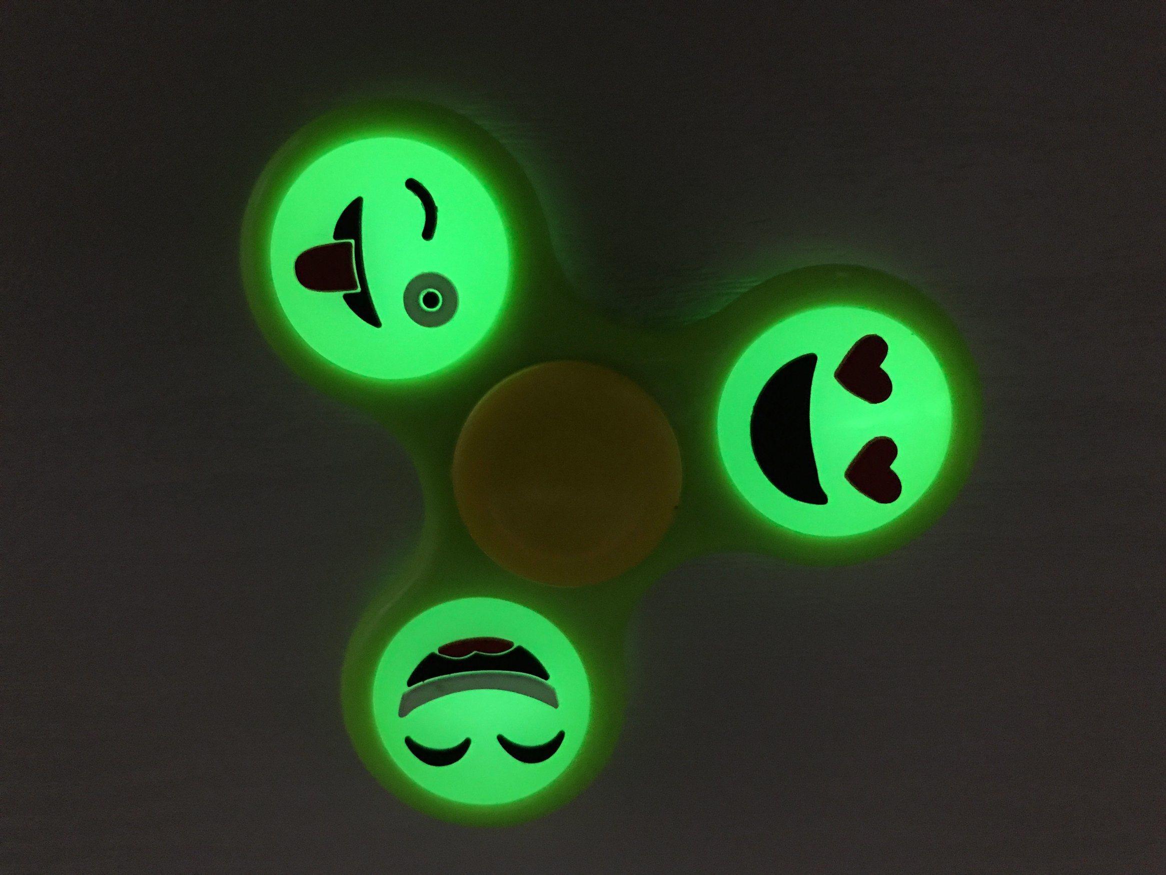 Glow in Light Luminous Hand Finger Fidget Spinner Smiley Face