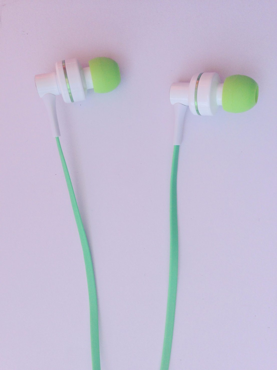 Innovation Design Metal Stereo Earphone with Mic for Mobile Phone