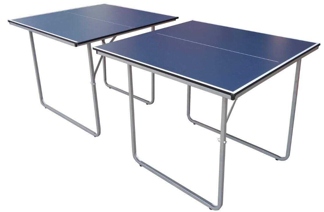 Midsize Folding Ping Pong Table