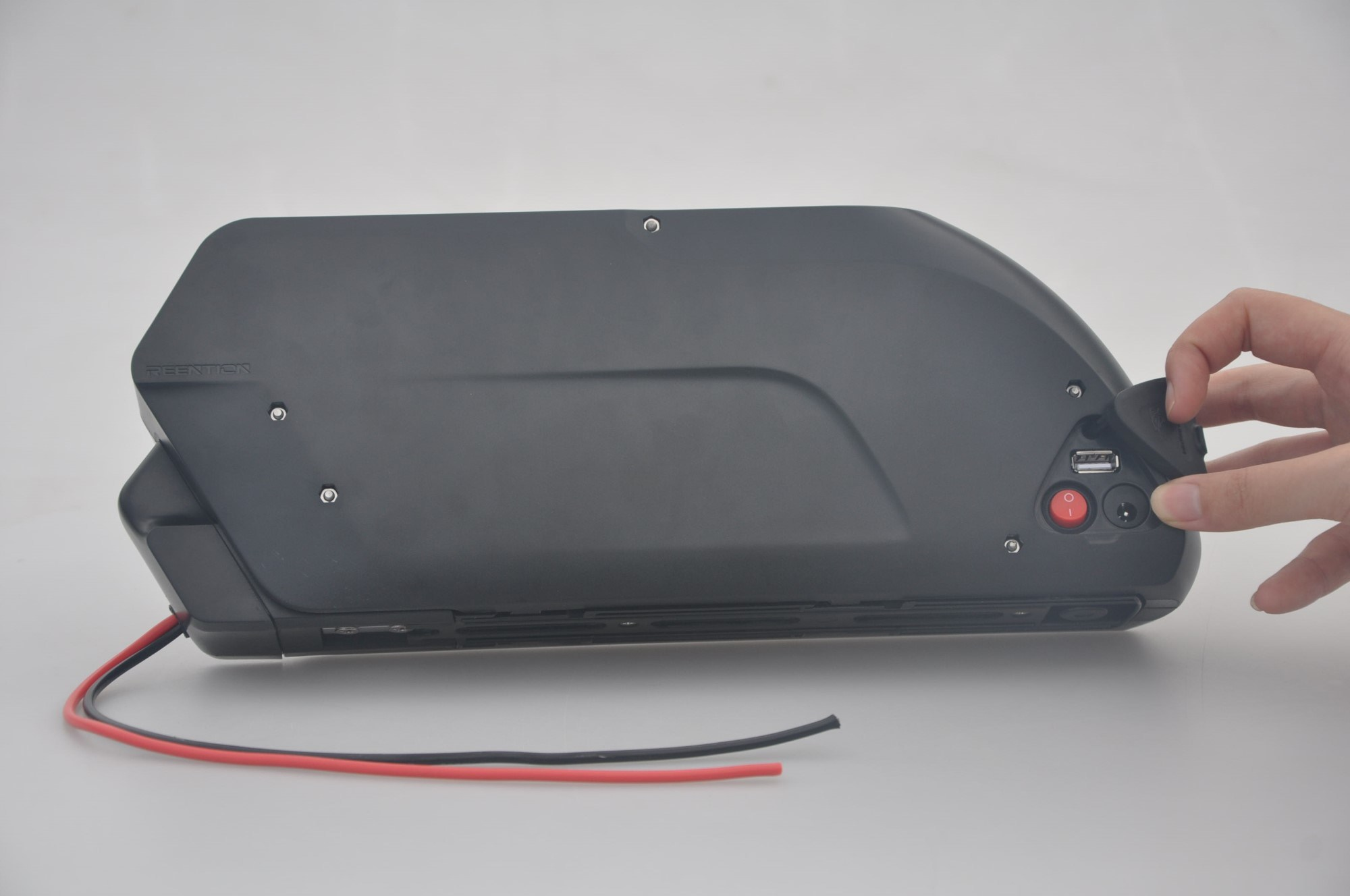 2016 Newest E-Bike Battery Lithium Battery with Controller